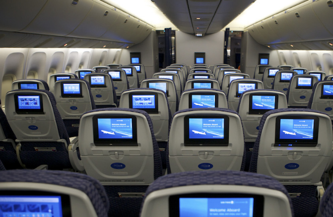 美联航:进行新一批裁员计划 助力提升利润率