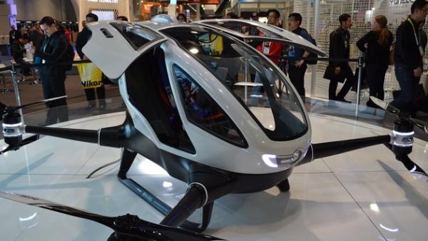 迪拜:响应酋长号召 开发无人驾驶机出租服务