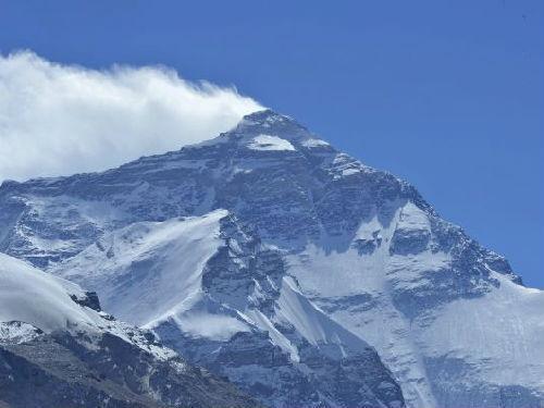 外媒:尼泊尔将在珠峰峰顶提供免费Wi-Fi服务