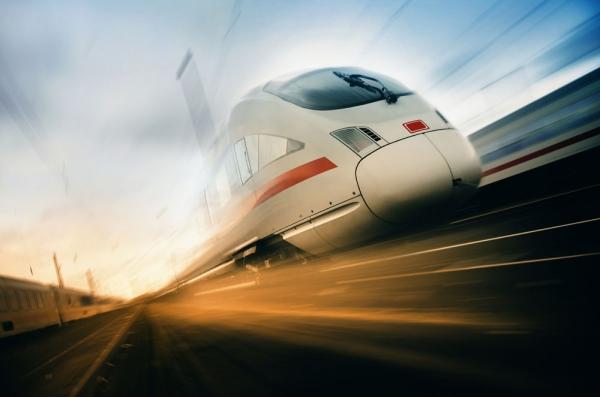 京沪高铁IPO账本:最快2020上市 或募资300亿