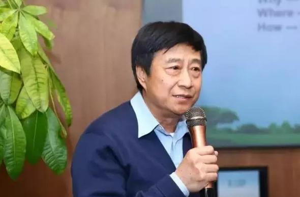 贺伟:露营地不能搞成度假村,需策划先行