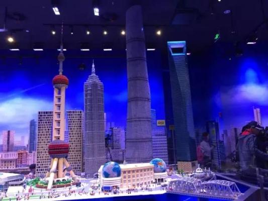 评论:中国主题乐园激战 乐高主题乐园插足