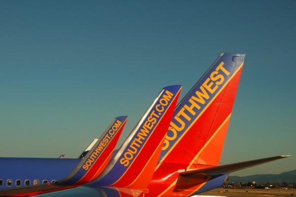 西南航空:或因美联邦政府停摆损失6000万美元