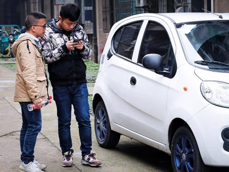 共享汽车:巨头入场分时租赁 初创企业布局提速