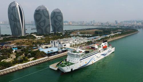 """中国:首艘国产""""豪华""""邮轮将于2021年下水"""