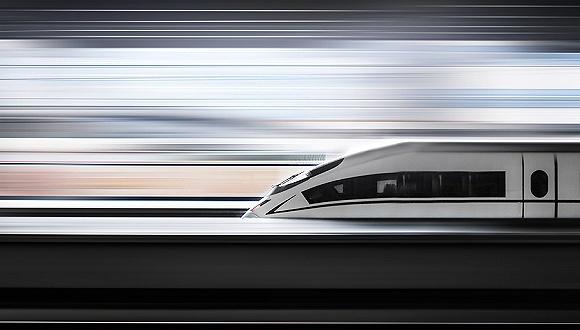 """哈牡高铁线试运行: """"最北高铁""""沿线建设加快"""