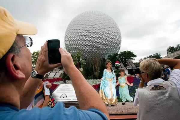 """迪士尼:计划彻底改造奥兰多乐园的""""未来世界"""""""