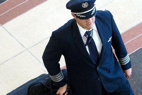 民航:需求太旺盛 中国的飞行员快不够用了