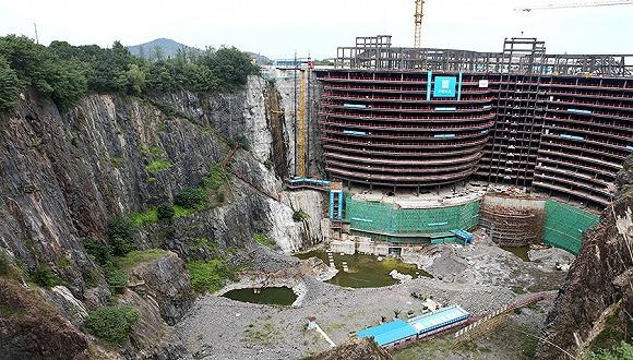 世茂:对标迪拜帆船 要在废石坑里建五星酒店