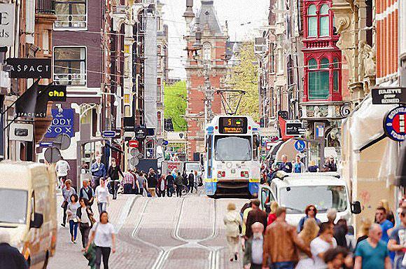荷兰:除游客稀少区 将抑制日益增长的游客量