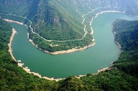 宝泉旅游:挂牌新三板 主营景区开发及经营