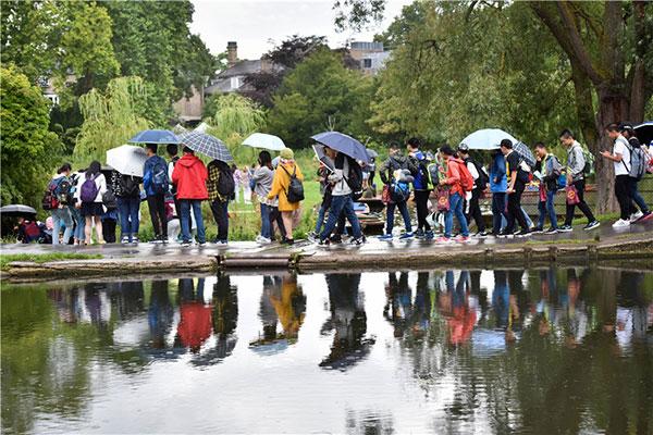 英国:2017中国游客暴增27% 剑桥满是中国游客