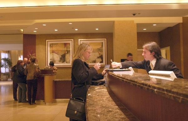 美国酒店CEO们:对商务旅行持谨慎乐观态度