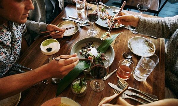 Airbnb:上线餐厅订座 推进转型旅游服务平台