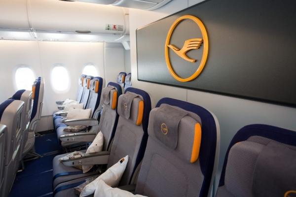 Lufthansa171011a