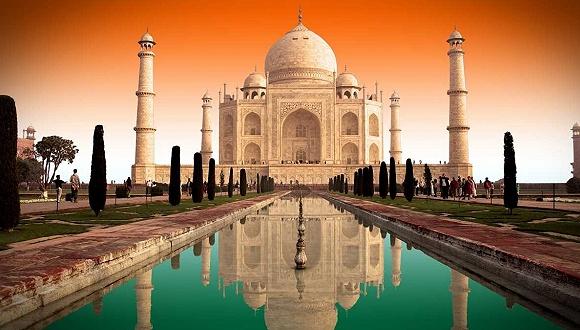 印度:限制客流保护古建筑 泰姬陵票价再度上调