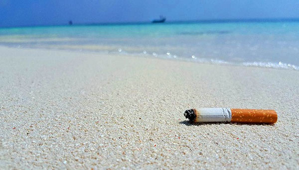 泰国:20个旅游海滩禁烟 违者面临罚款或监禁