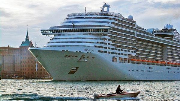 威尼斯:禁止大型邮轮进入市中心 能有用吗?