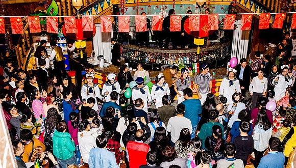 深度:坐着邮轮去环游世界的中国游客群像