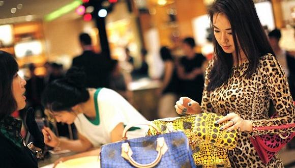 评论:奢侈品该怎么迎合中国出境游客?