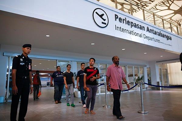 """马来西亚:出入境航班明年起将征""""反恐费"""""""