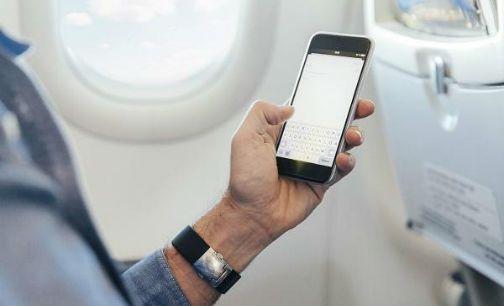 空中上网再迎利好:机舱电子设备解禁新规发布
