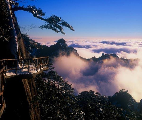江西:10个景区对外国游客免费属于失实信息