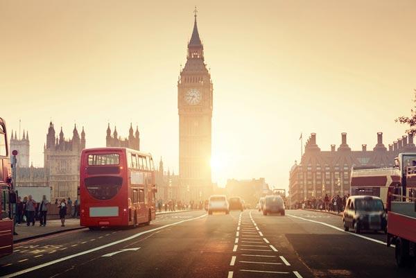 英国:美国旅客的减少未能阻止投资者涌入