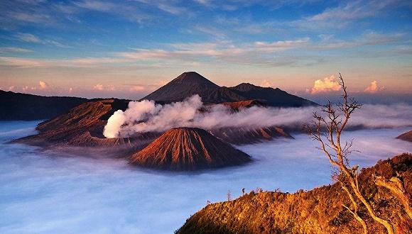 巴厘岛:解除火山警告 旅游业复苏尚需时日