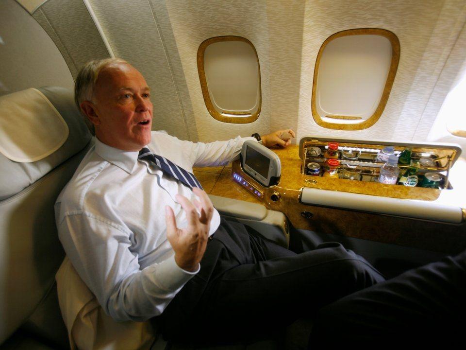 """阿联酋航空:批美三大航企""""不成熟"""" 盼达成和解"""