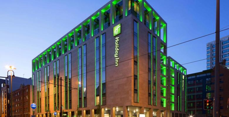 喜达屋资本:1.35亿英镑收购7家希尔顿英国酒店