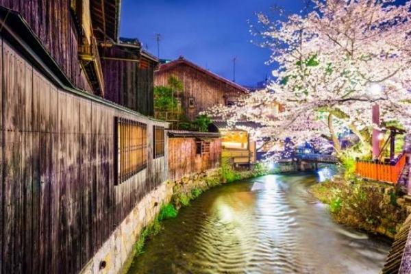 日媒:京都酒店外籍游客暴涨,大多来自中国