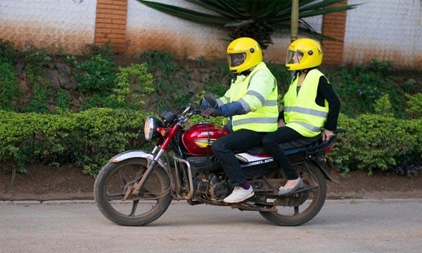 摩托车打车服务:Uber在非洲大战Taxify