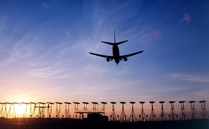 英国政府:被敦促尽早推进希斯罗机场的扩建