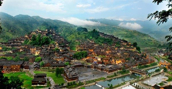 西江模式:千户苗寨十年持续跨越发展的经验