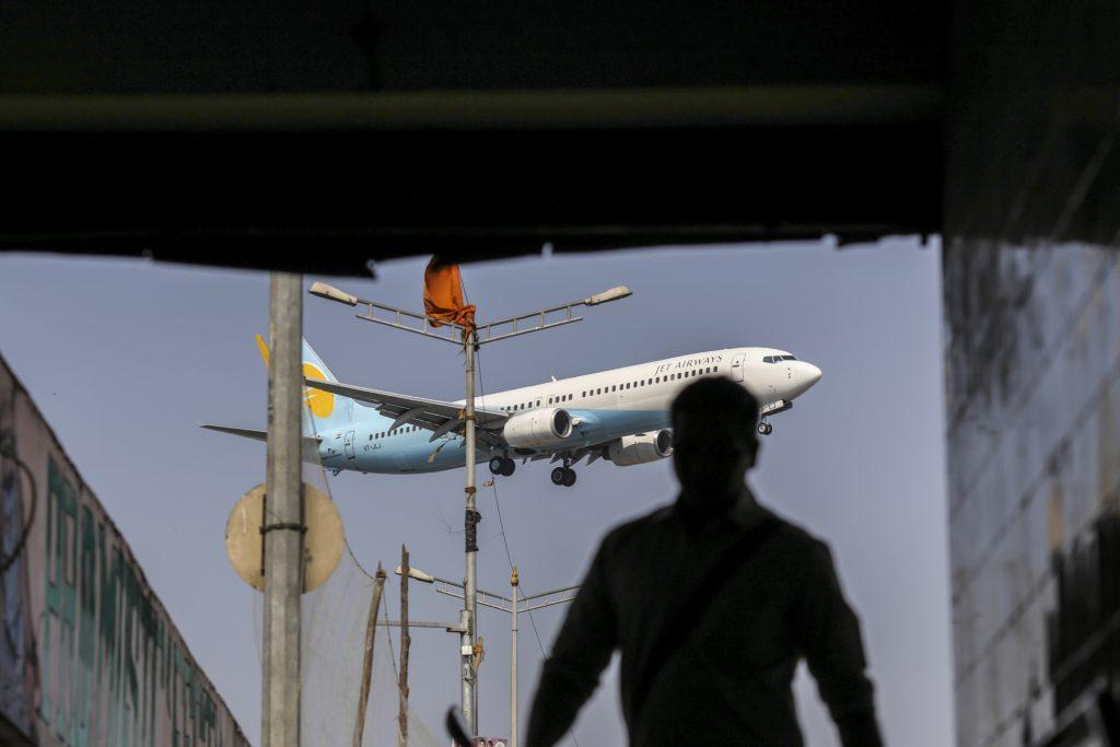 捷特航空:将削减成本并减持忠诚度项目自救