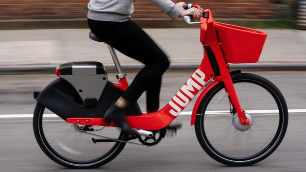 Uber:角逐共享滑板车市场 首批滑板车投入使用