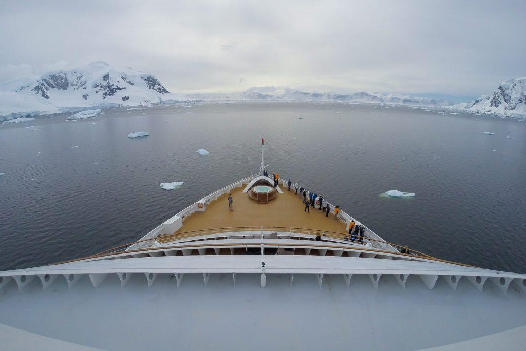 世鹏邮轮:增探险邮轮以满足豪华探险旅行需求