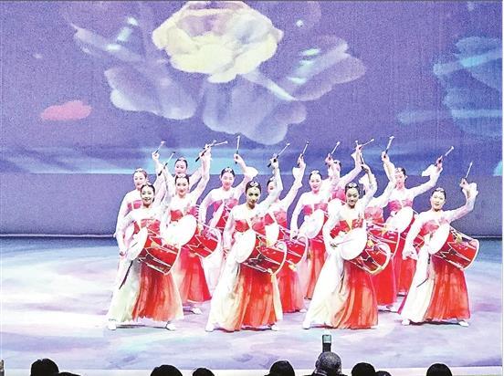 云南:做旅游市场整治排头兵 抵制不合理低价游