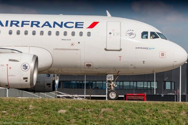 法航荷航集团:Q2利润因受罢工影响同比大跌