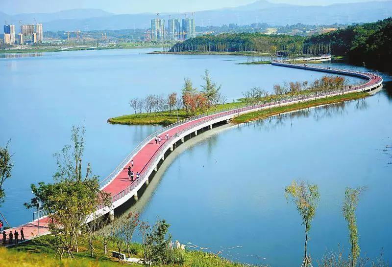 中国旅游集团:投资成都1000亿 150亿建度假景区