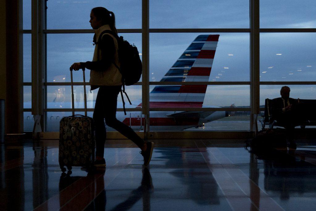 美政府:关停伤及航空业 业内联名敦促改变现状