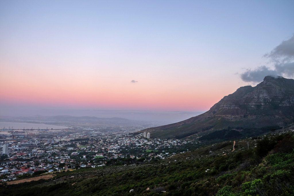 南非:欲放宽签证政策来促进旅游业发展
