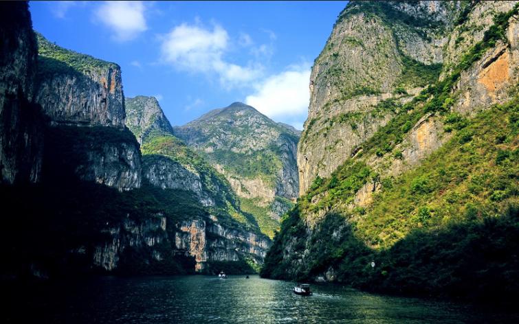 长江国际黄金旅游带:走出一条绿色发展之路