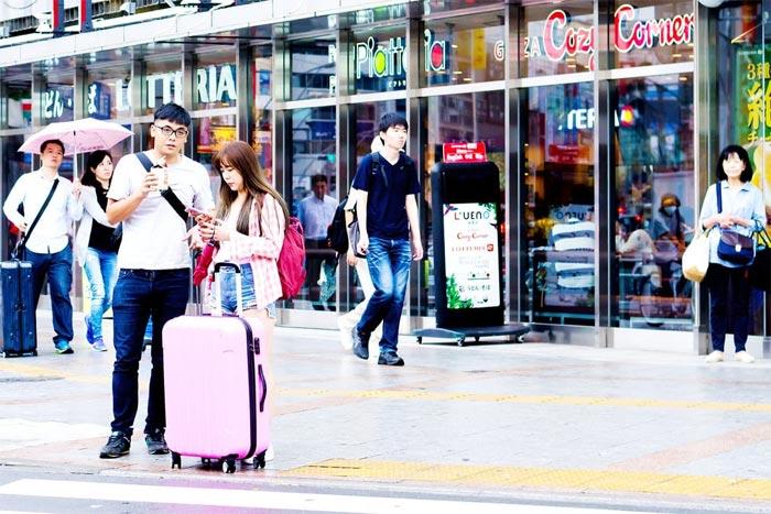 出境游:什么推动了中国游客自由行的发展?