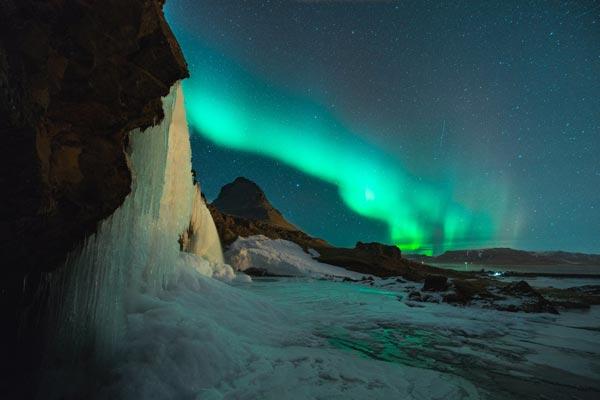冰岛旅游热转冷:过度扩张的本地航空业遇危机