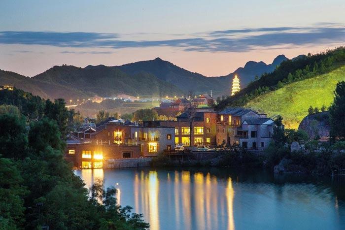 广东清远:建28特色旅游小镇 防止过度房地产化