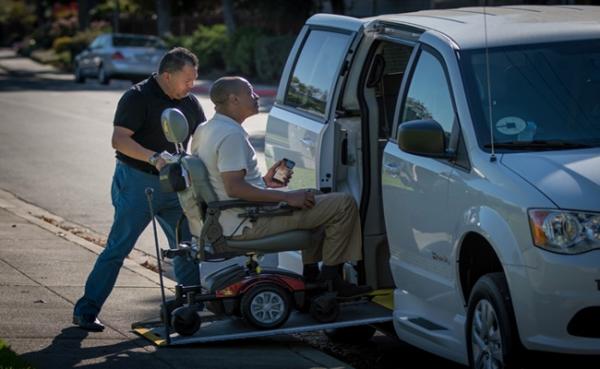 优步:将推更多轮椅专车服务 减少等待时间