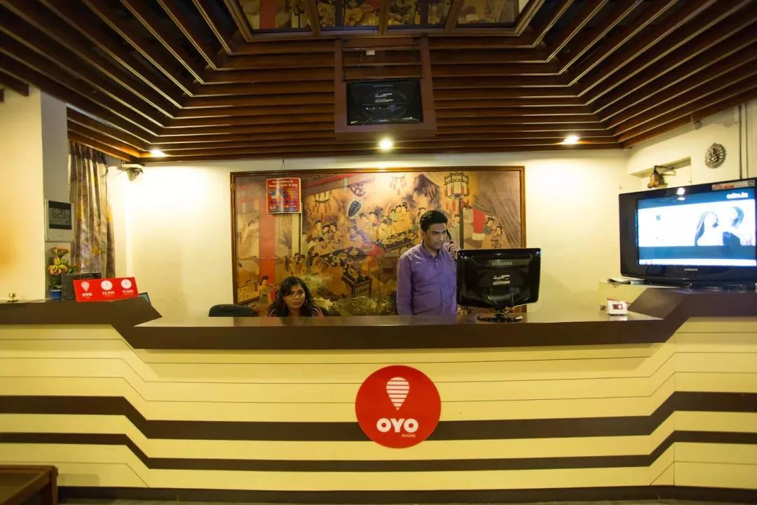 酒店:融资10亿美金的OYO 在中国遇到了对手