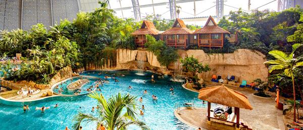 团聚公园2.26亿美元收购世界最大室内水上公园